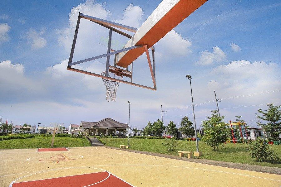 BasketballCourt-ValleDulceAtPuebloSolana-CalambaLaguna-FuturaByFilinvest